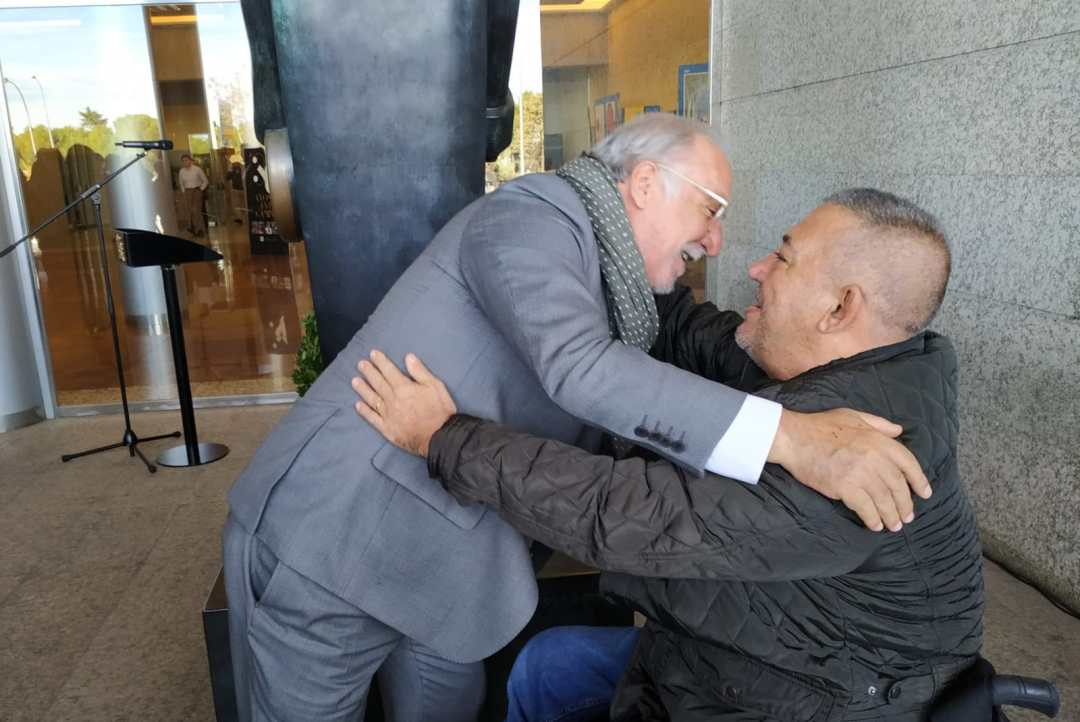 #VivoMuerto