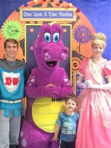 Dutch Wonderland Princess and Knight