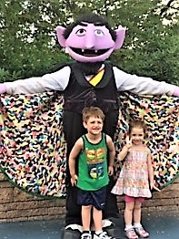 Sesame Place Count Character Greeting