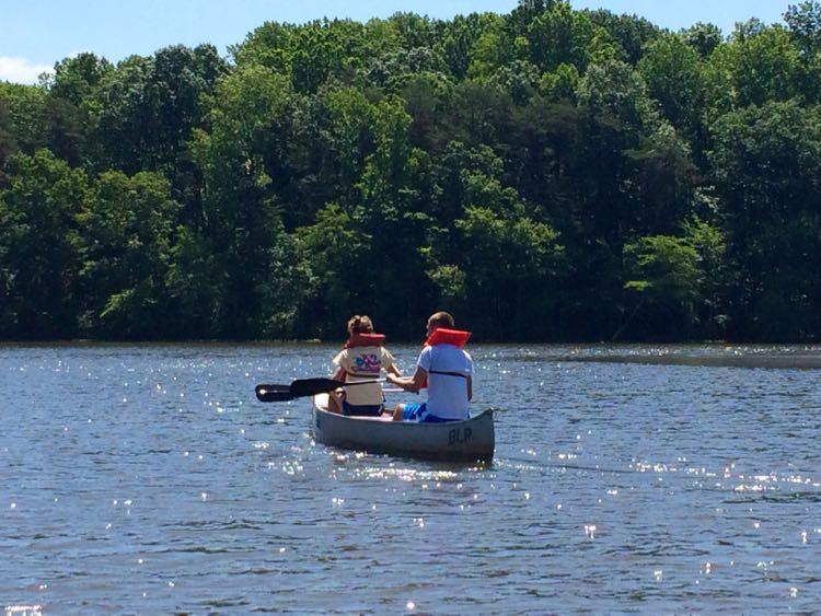 Burke Lake Boating: Peaceful, Family-friendly Fun In