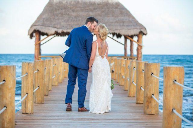 Jessica Michael The Azul Fives Beach Resort Playa del Carmen Wedding 6 1 1024x683 - Se marier à Riviera Maya en juin: le pour et le contre