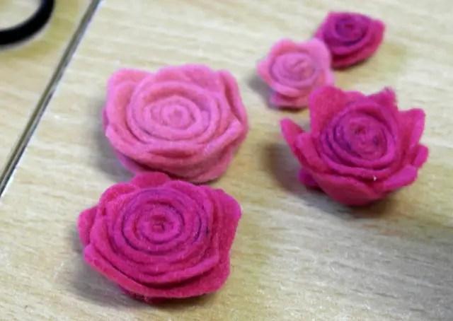 Rosen aus Filz basteln mit Anleitung