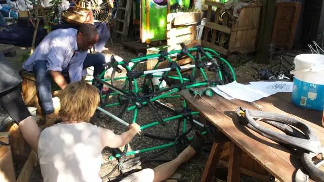 Boot bauen aus Fahrradschläuchen