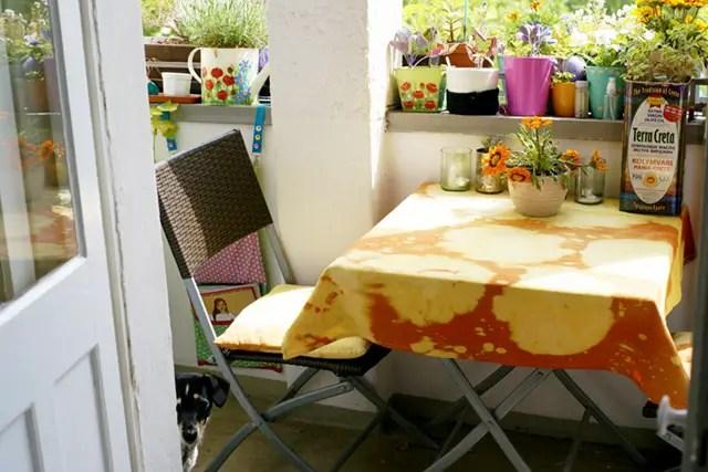 Sommer auf dem Balkon - Batik Tischdecke