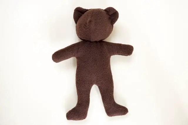 Teddybär nähen - fertig zusammengenähter Bär