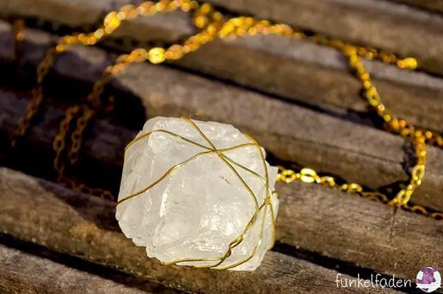 Anleitung Kristalle züchten und zu Schmuck verwerten