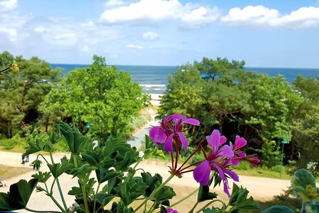 Ausblick vom Strandhotel Heringsdorf auf Usedom auf die Ostsee