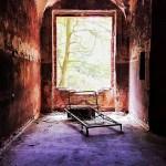 In den Ruinen von Beelitz Heilstätten