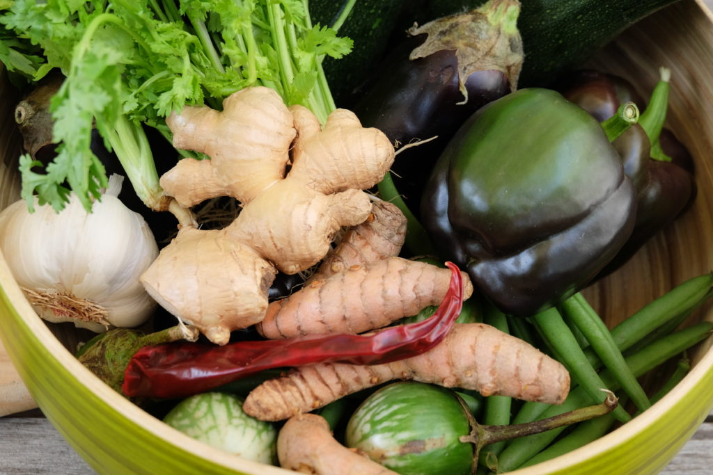 Zutaten für ein grünes Thai-Curry