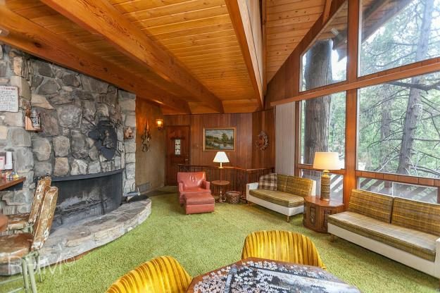 The latest time capsule home I've fallen in love with.