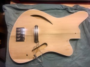 Sirena Modelo Uno bass body and some parts