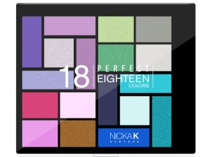 Perfect Eighteen Colors Eyeshadow Palette – AP025