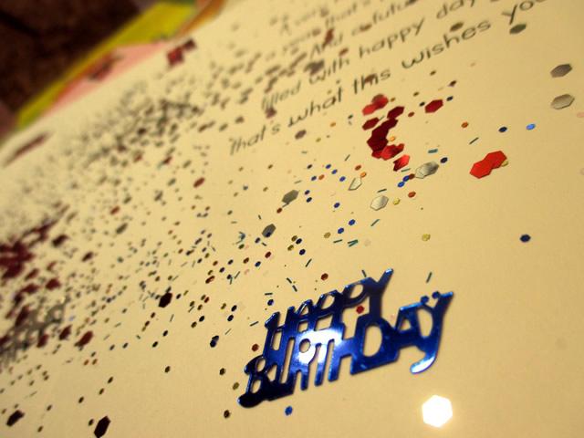 Send A Birthday Glitter Bomb Card
