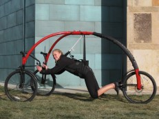 photo credit: http://www.gizmag.com/streetflyer-offers-ground-level-flying-sensation/17824/