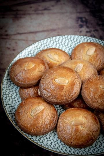 Kleine gevulde koeken