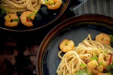 Spaghetti met garnalen en kokosmelk