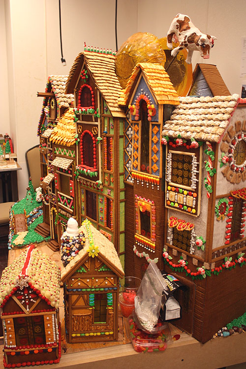 20 Amazing Gingerbread House Ideas Fun Money Mom