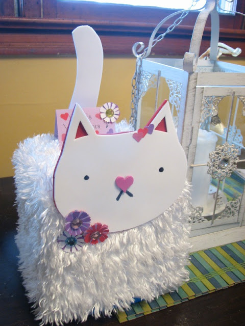 Valentines-box-kitty