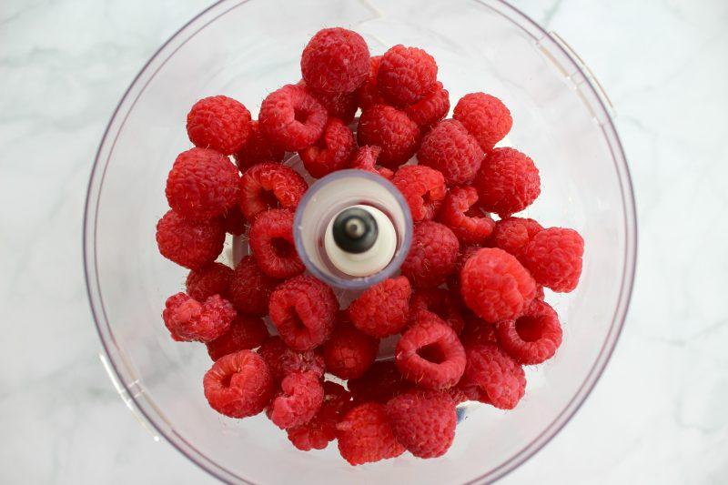 Summer-Berry-Salad-Raspberry-Vinaigrette-Raspberries