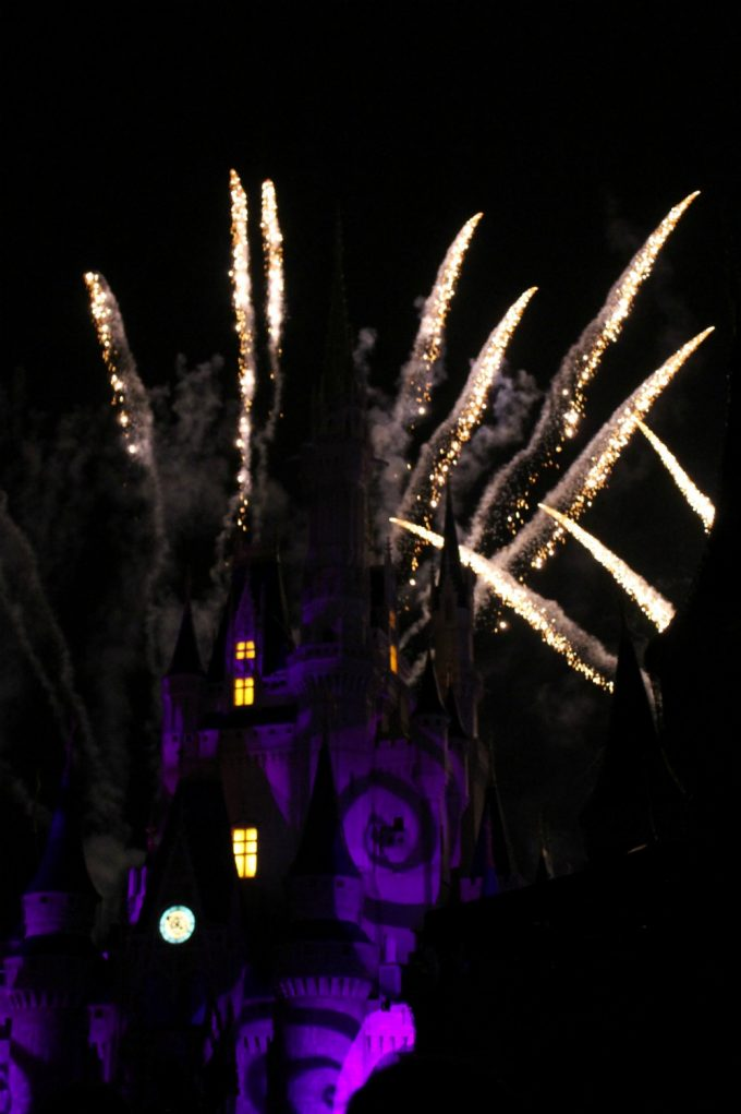 Disney's-not-so-scary-halloween-fireworks-1