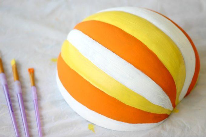 DIY-Jack-o-lantern-paint-2
