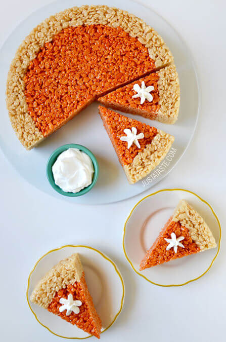 This Rice Krispie Treat pie is a fun twist on the usual holiday pies