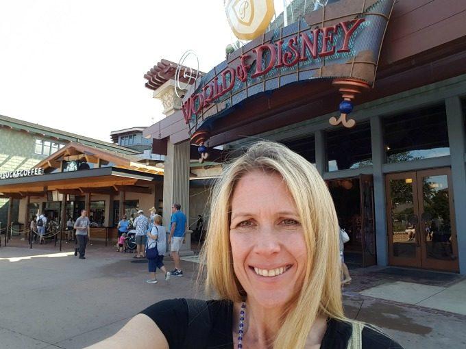 Disney bounding in Disney Springs for the Disney Social Media Mom's Celebration 2017