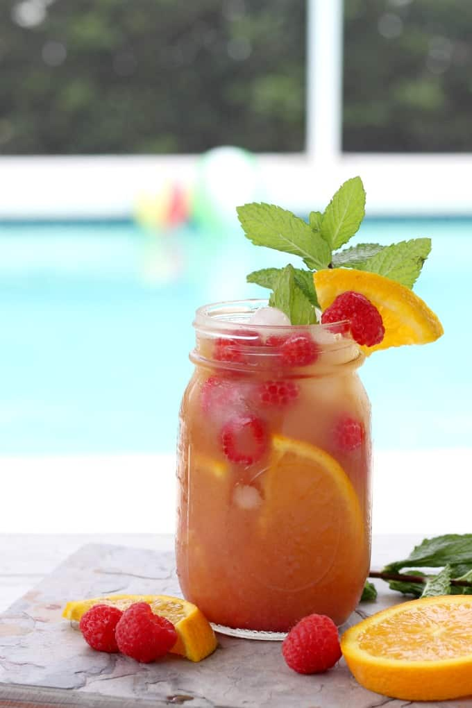 The oranges add a little extra flavor to this raspberry iced tea recipe