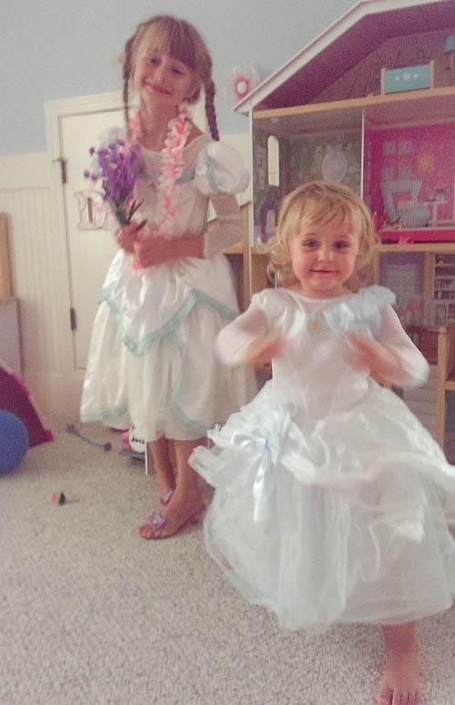 Disney Princess Dress Up: Beautiful Brides