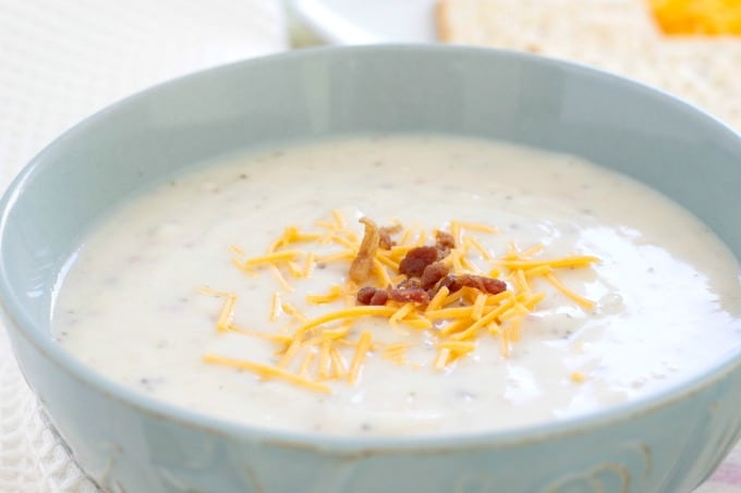 Idahoan Steakhouse Soup with bacon and cheddar