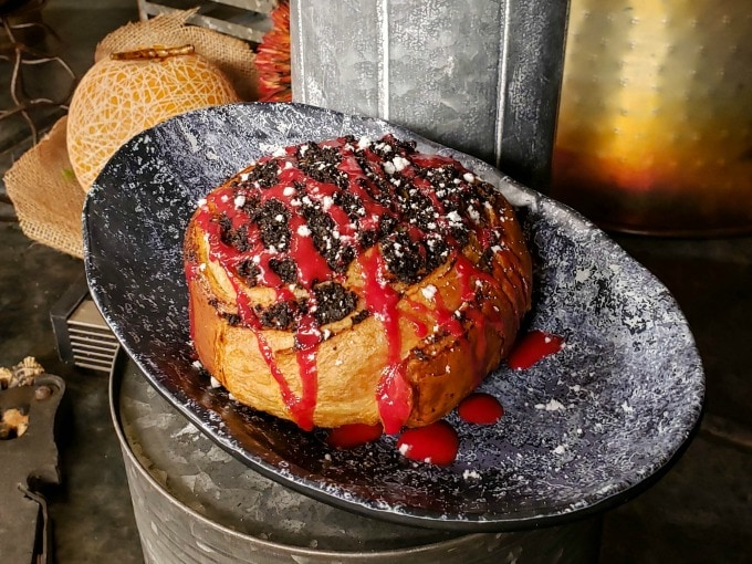 Mustafarian Cinnamon Roll is a must try Galaxy's Edge food