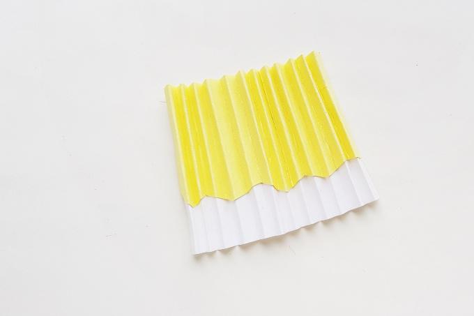 Moana paper doll skirt folded accordion style