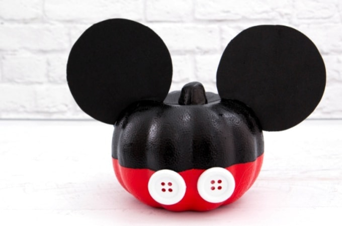 Mickey Mouse Pumpkin feature