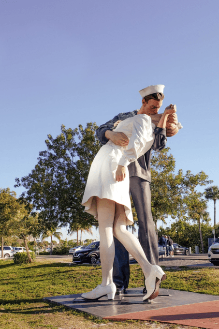 Unconditional Surrender statue in Sarasota Florida