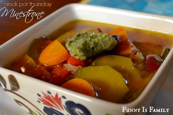 This Crock Pot Minestrone recipe is full of delicious veggies! This healthy and hearty dinner idea is a family favorite!