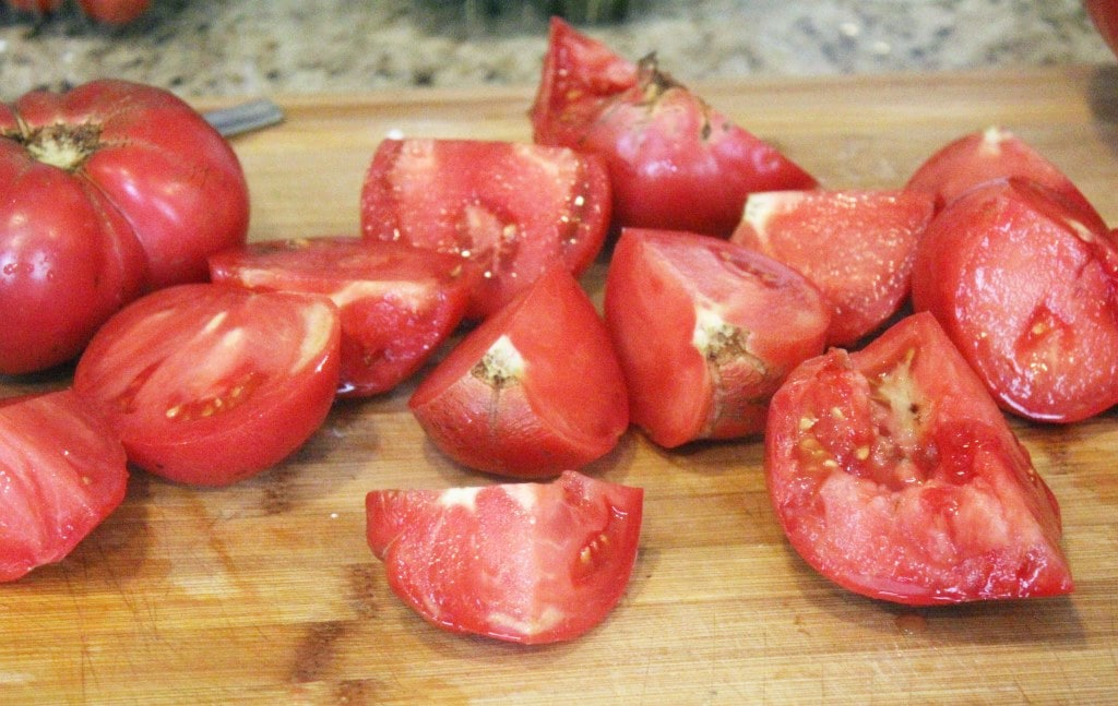 Large chunks of tomato