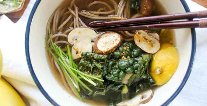 Lemony Garlic Ginger Soba Bowls