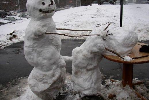 https://i2.wp.com/funnypics.free.fr/explorer/public/img/s/snowmenfuck.jpg