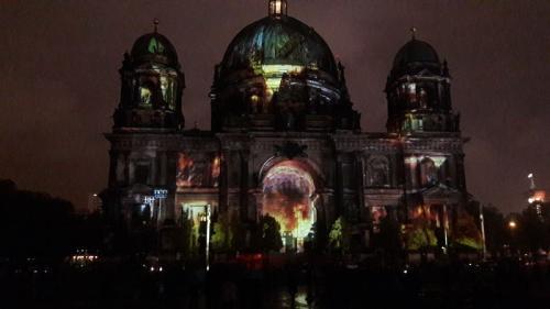 k-Berliner Dom beleuchtet beim Festival Of Lights (15)