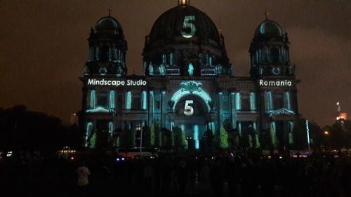 k-Berliner Dom beleuchtet beim Festival Of Lights (2)