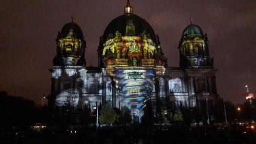 k-Berliner Dom beleuchtet beim Festival Of Lights (20)
