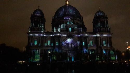 k-Berliner Dom beleuchtet beim Festival Of Lights (26)