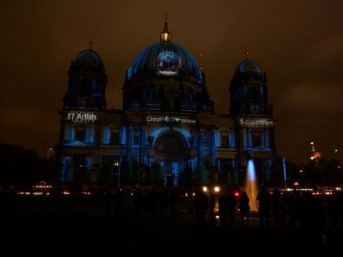 k-Berliner Dom beleuchtet beim Festival Of Lights (34)
