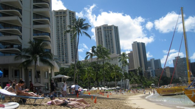 Waikiki Beach Resort