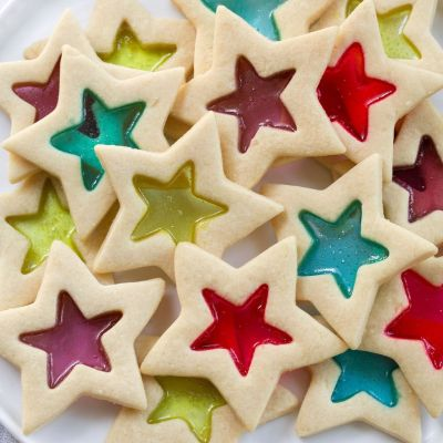 10 FESTIVE CHRISTMAS COOKIE RECIPES