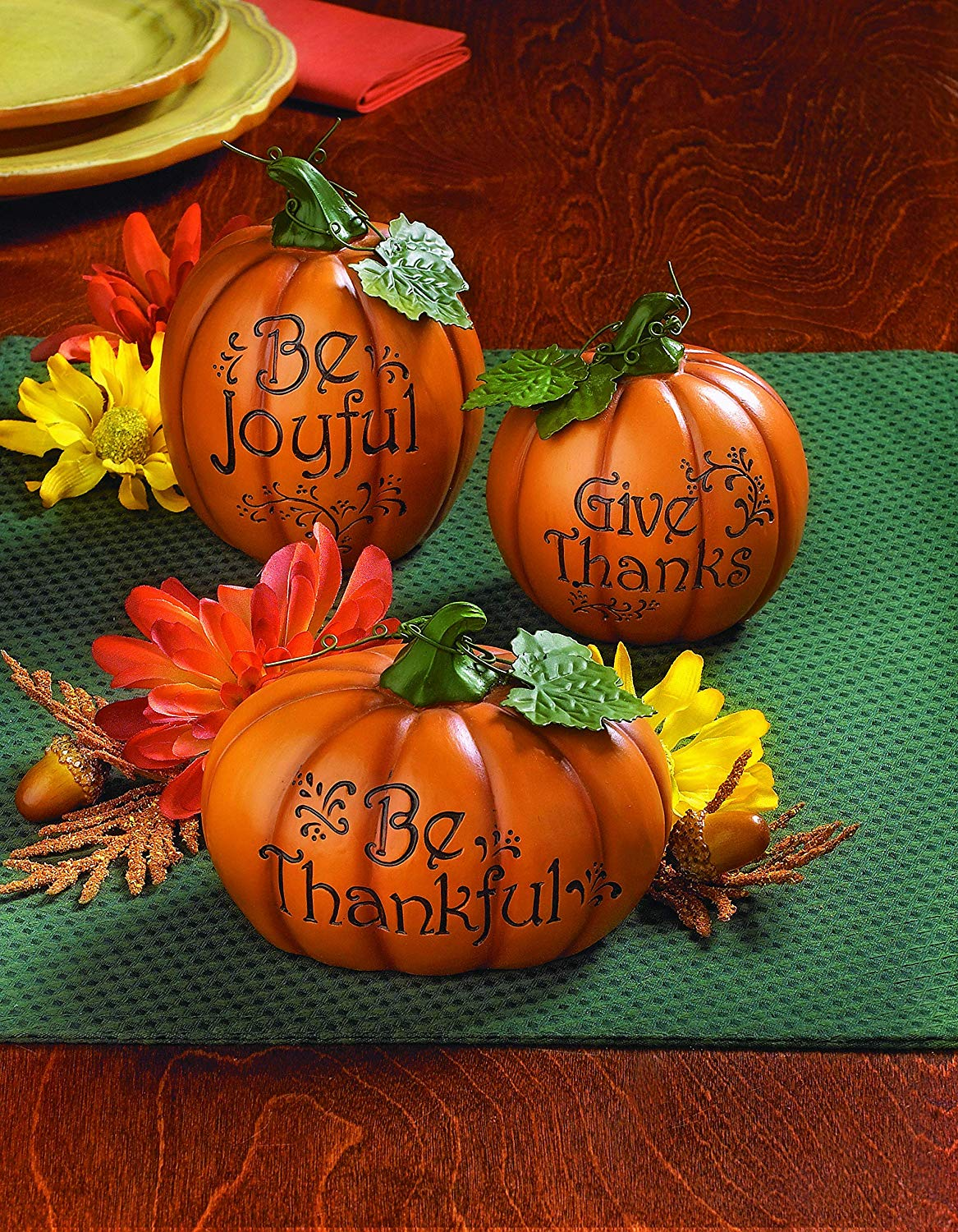 Pumpkin Effortless Thanksgiving Decor Ideas