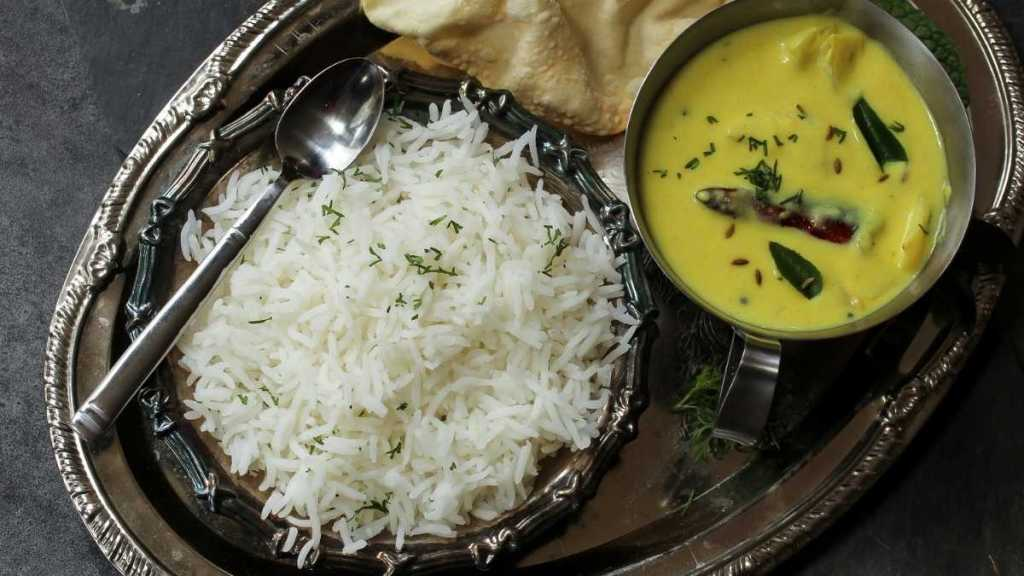 Kadhi Chawal - Indian dishes