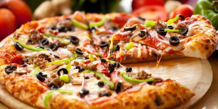 Homemade Pizza Recipe With Top 10 Best Pizza You Must Try
