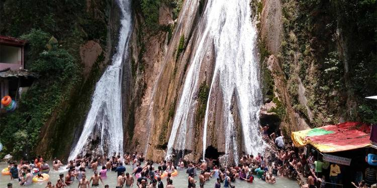 Tourist Attraction Near Kempty Falls Mussoorie Uttarakhand