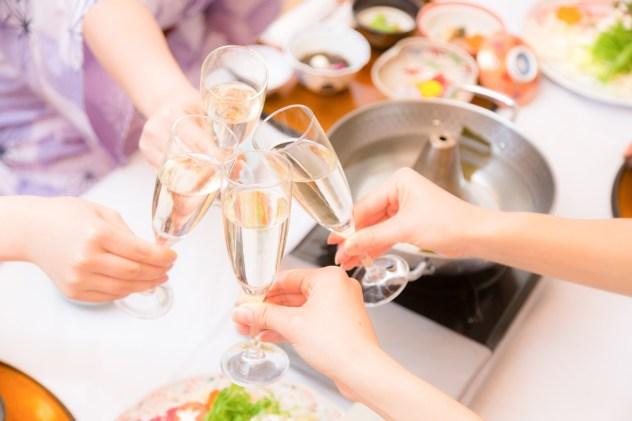 新年会での乾杯